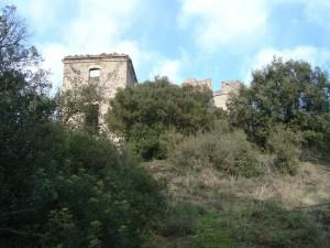 Conjunto de las dos torres, en primer término, la civil. E. Borque 2015.