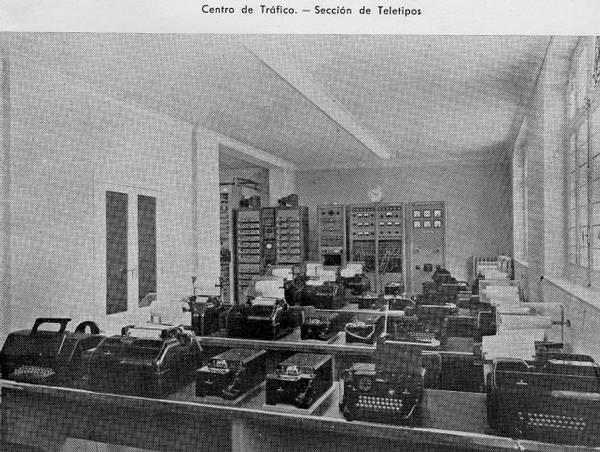 Sección de teletipos del Centro de Tráfico. Central de Rios Rosas (Madrid)