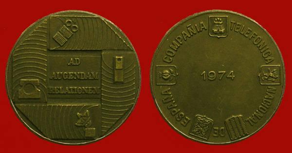 Medalla de la Junta de Accionistas de Telefónica del año 1974