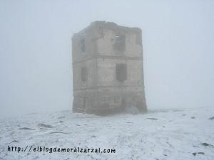 El telégrafo nevado, antes de la restauración, original de Quique.