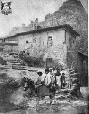 Pancorbo 1890, se observa la torre en lo alto del risco (fuente imhmiranda.org