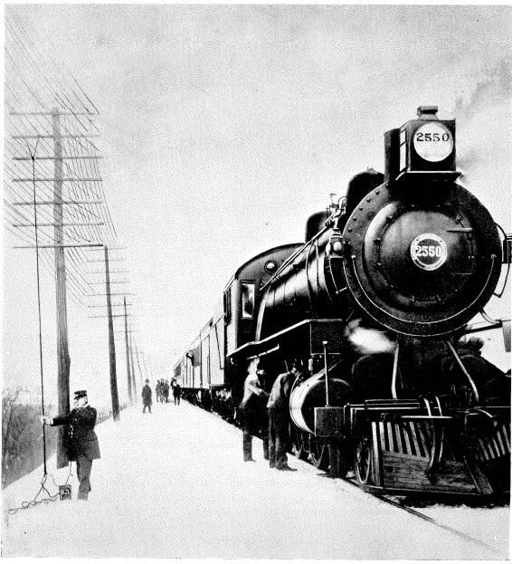 Teléfono portátil para señalización ferroviaria en 1922
