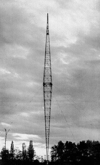 Antena antifading en Lakihegy, cerca de Budapest. Altura 307 m.
