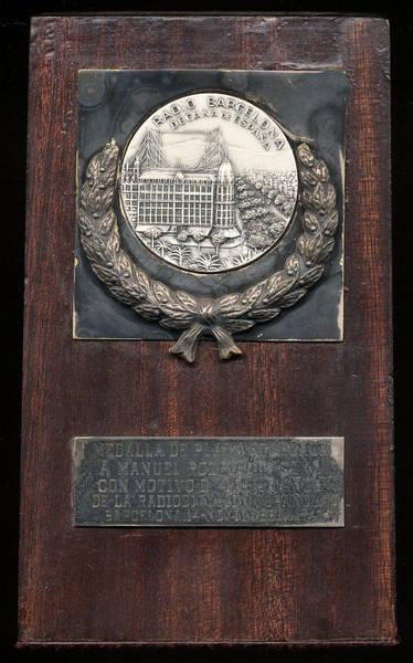 Medalla de los 50 años de Radio Barcelona a EA4BE