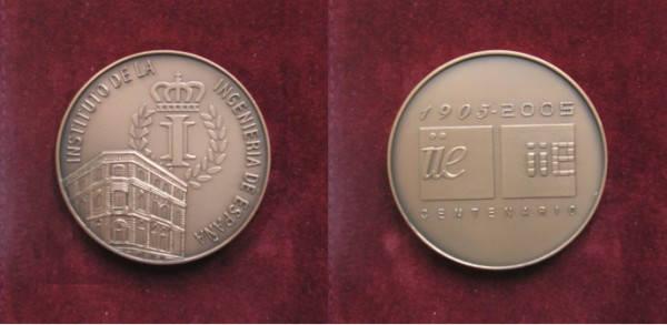 Medalla conmemorativa del Centenario del IIES (2005)