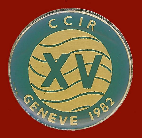 Pin conmemorativo XV reunión del CCIR celebrada en Ginebra en 1982