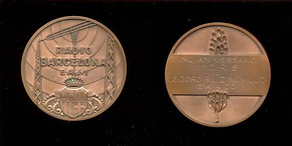 Medalla de los 40 años de EAJ-1 a EA4DO, (1965)
