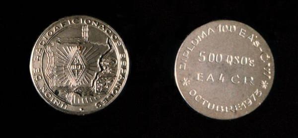 Medalla 500 EA CW (1973) de la Unión de Radioaficionados Españoles, URE, a EA4CR