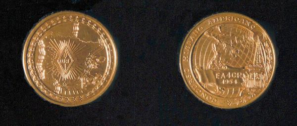 Medalla de Oro del Concurso Hispanoamericano (1954), de la Unión de Radioaficionados Españoles, URE, a EA4CR