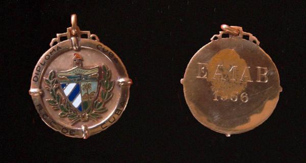 Medalla de Oro Diploma Radio Club de Cuba (1956) a EA1AB