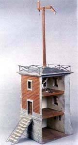 Maqueta de una torre del telégrafo óptico de Chappe