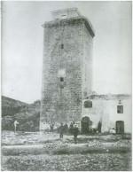 Torre del Homenaje del Hospital de Hospitalet de l'Infant, con el añadido para el telégrafo óptico. Fuente: Alfons Tejero.